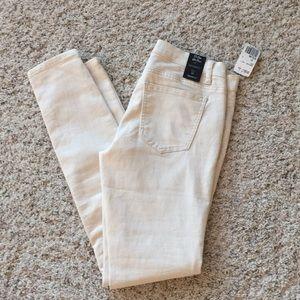 Forever 21 Ivory Cream skinny jeans pants 27